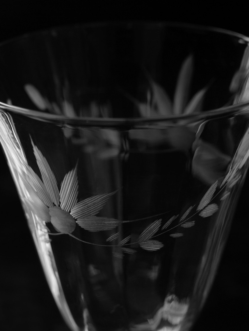Glass1_BW